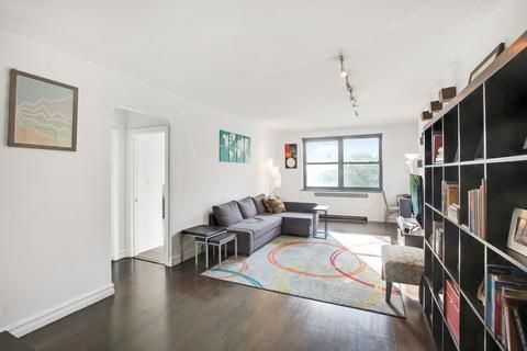 222 East 35th Street, Apt 5-F, undefined, New York