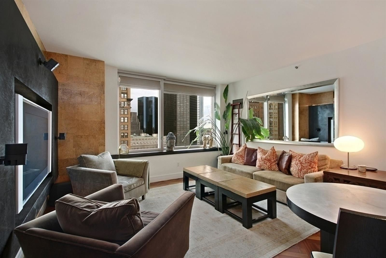 Apartment for sale at 10 West Street, Apt 18-D