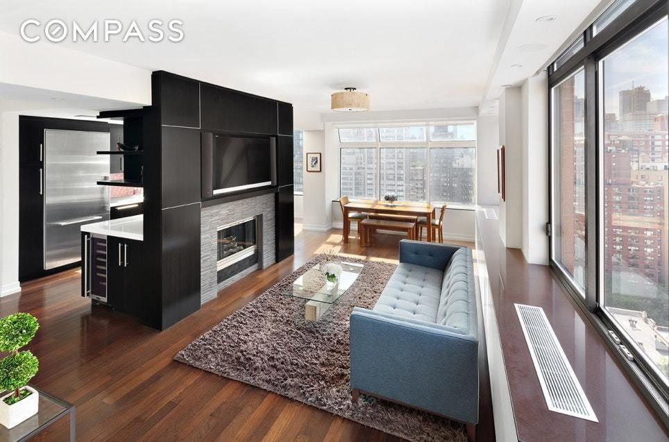 Apartment for sale at 343 East 74th Street, Apt PH-1D