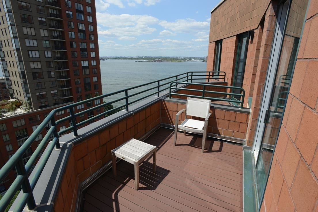 Apartment for sale at 333 Rector Place, Apt PH-5S