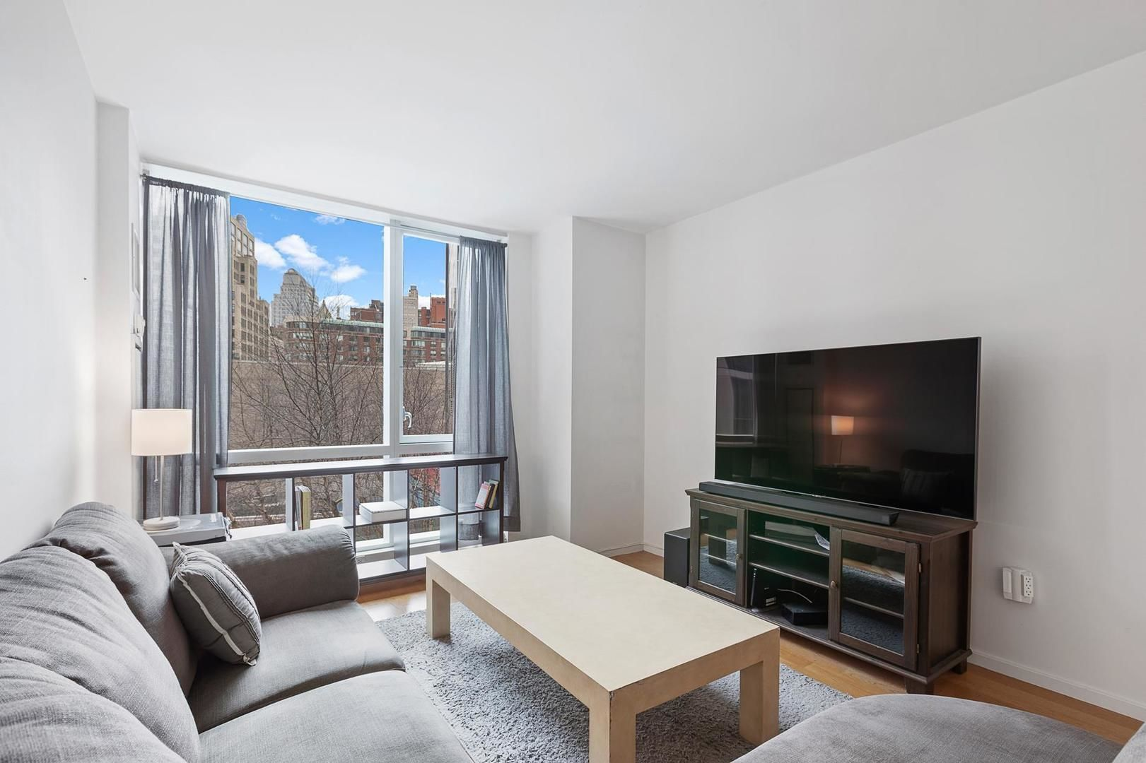 Apartment for sale at 200 Chambers Street, Apt 3-G