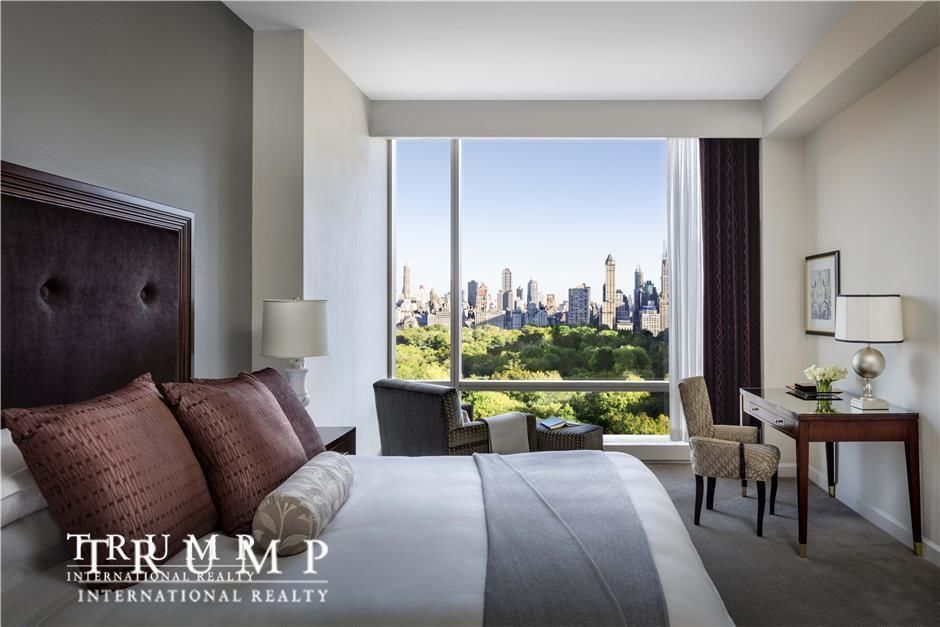 Apartment for sale at 1 Central Park West, Apt 704