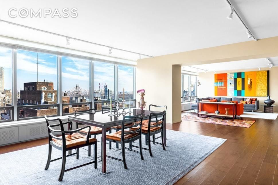 Apartment for sale at 870 United Nations Plaza, Apt 22-CD