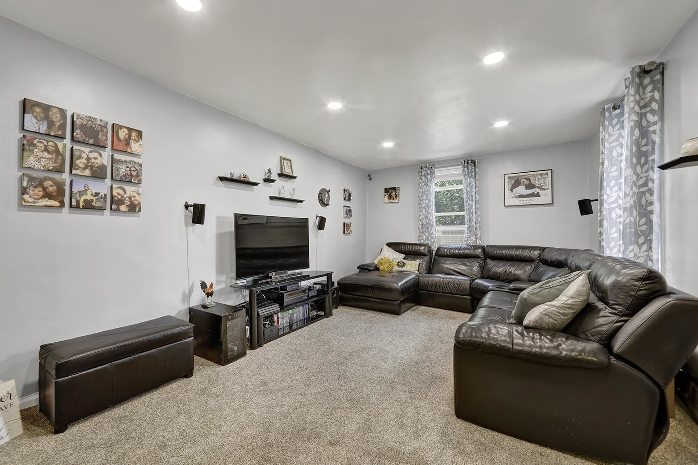 Apartment for sale at 2232 Brigham Street, Apt 3-K
