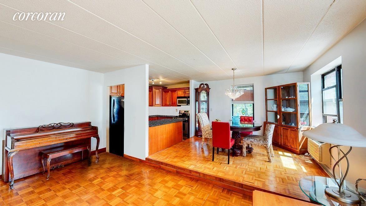 Apartment for sale at 15 Gates Avenue, Apt E