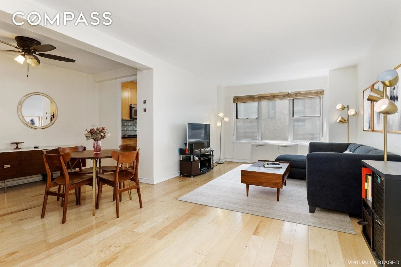Apartment for sale at 33 Greenwich Avenue, Apt 2-B