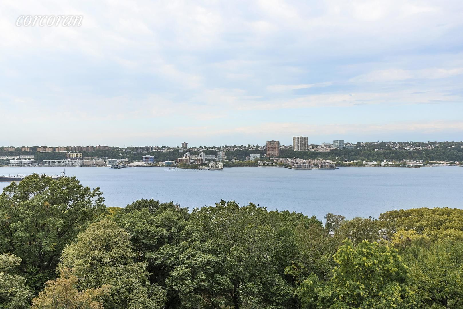 Apartment for sale at 310 Riverside Drive, Apt 905