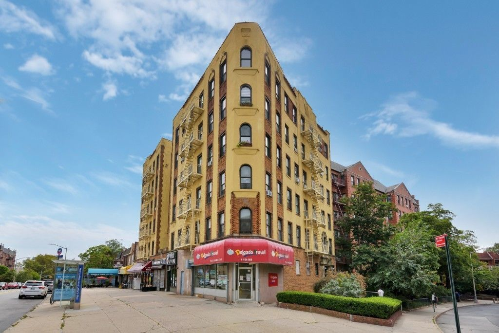 Apartment for sale at 83-09 Lefferts Boulevard, Apt 2B