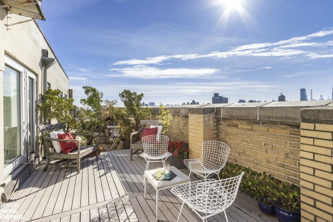 Apartment for sale at 370 Riverside Drive, Apt 16C