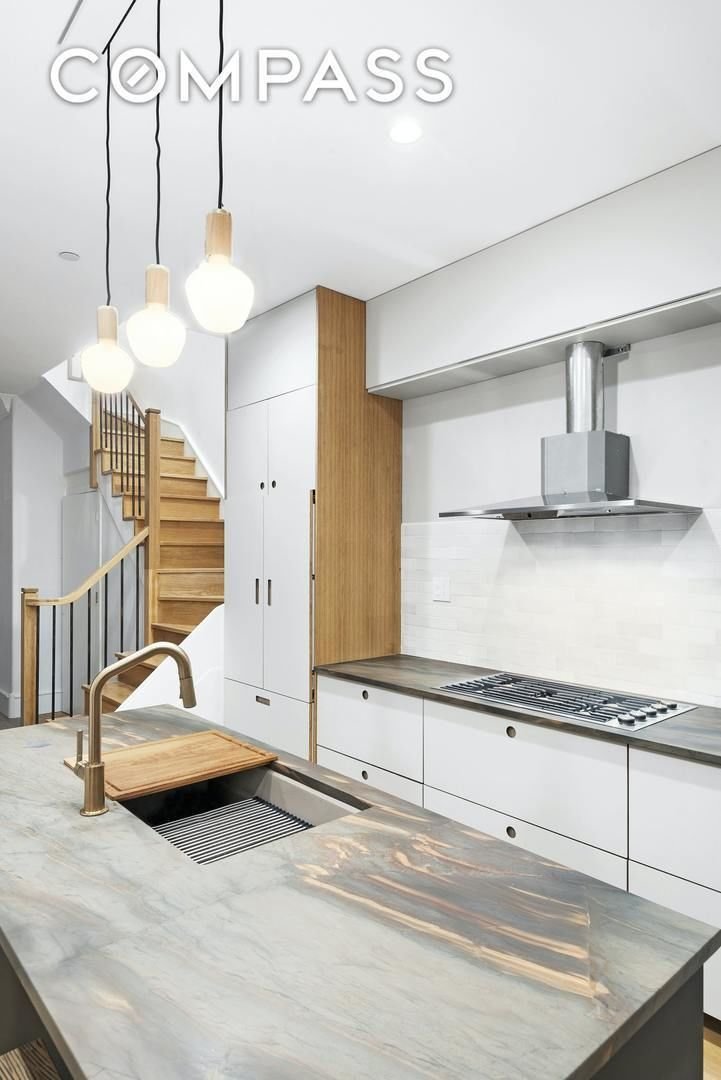 Apartment for sale at 56 Marlborough Road, Apt B
