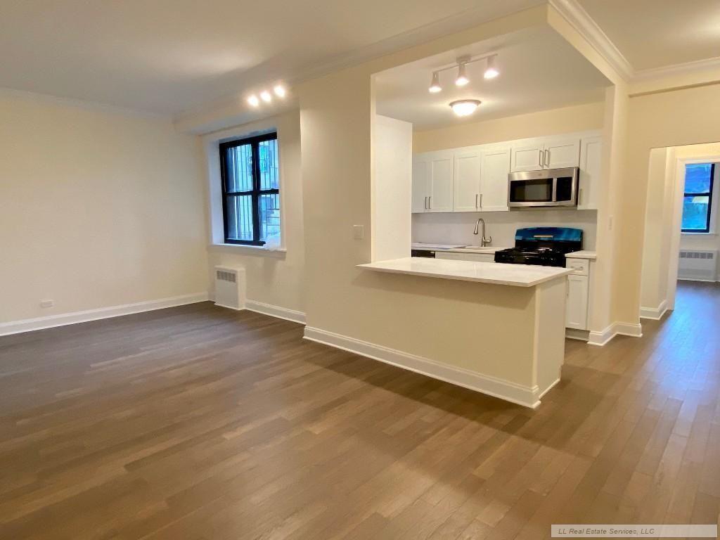 Apartment for sale at 269 Bennett Avenue, Apt 1D