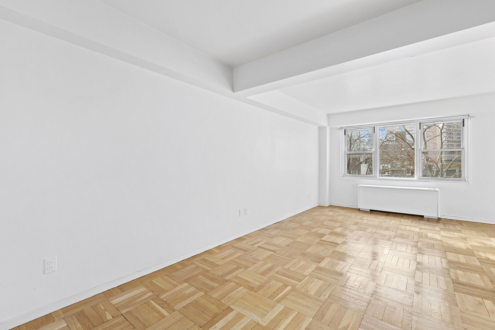 Apartment for sale at 210 East 63rd Street, Apt 7-D