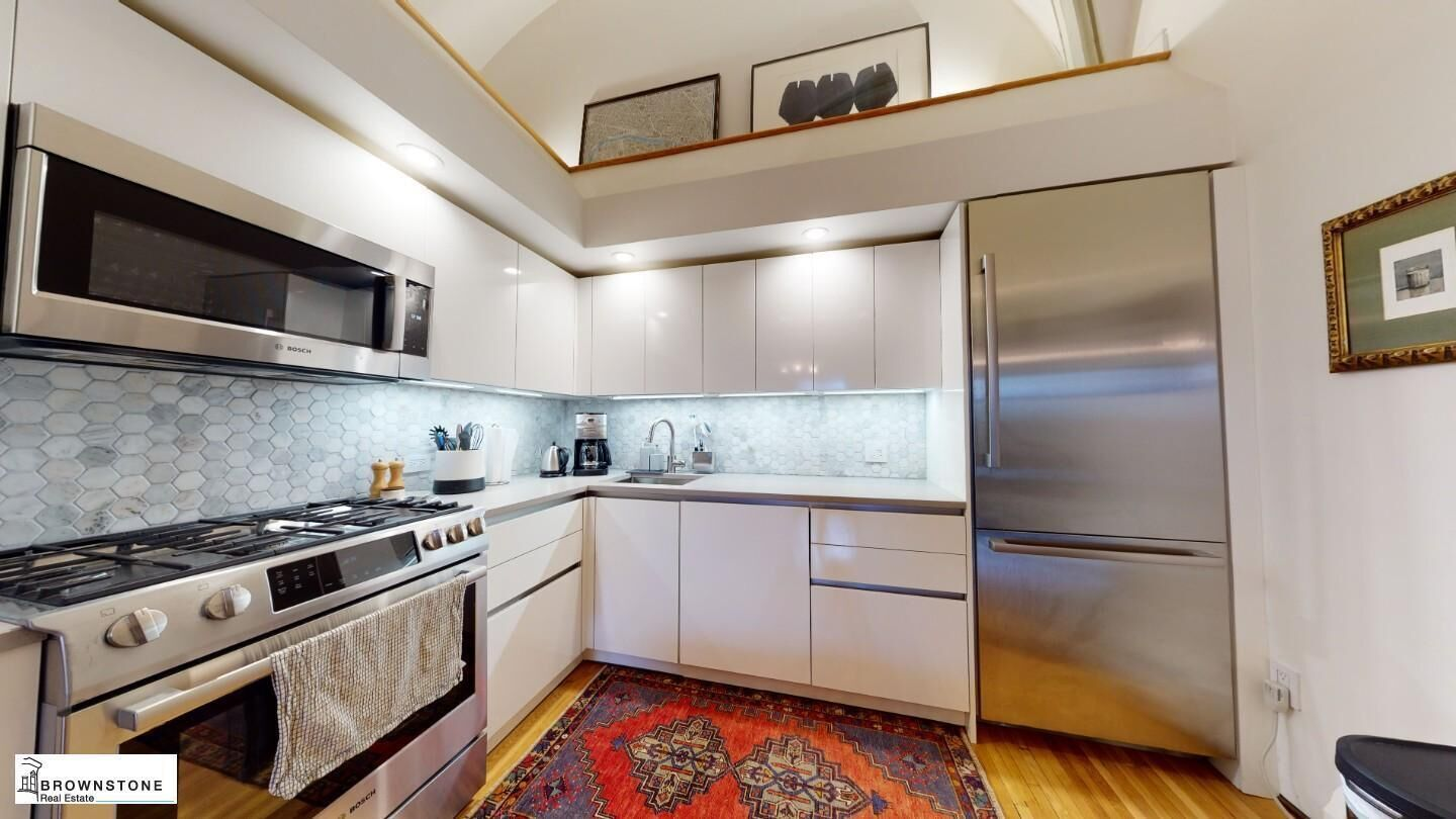Apartment for sale at 450 Clinton Street, Apt 3B