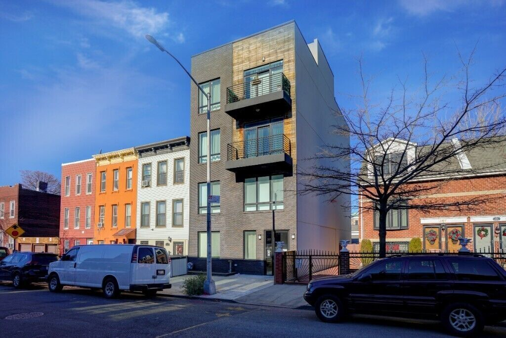 Apartment for sale at 205 Macdougal Street, Apt 1A