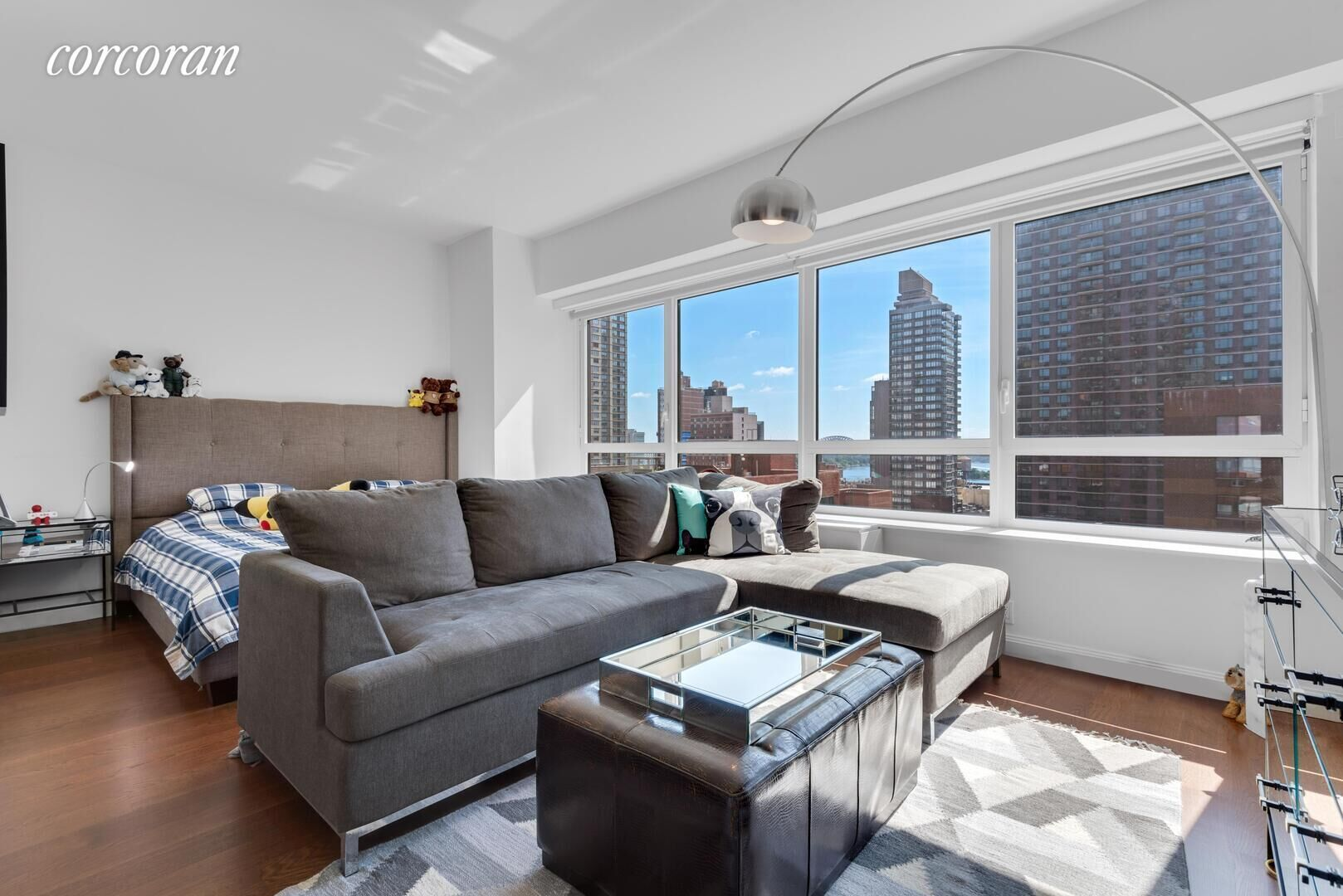 Apartment for sale at 200 East 94th Street, Apt 905