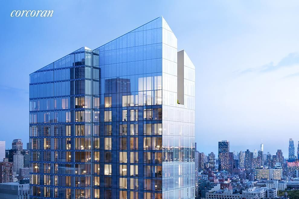 Apartment for sale at 30 Riverside Boulevard, Apt 32D