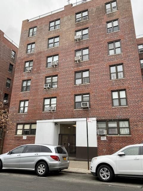 Apartment for sale at 420 West 206th Street, Apt 4-M
