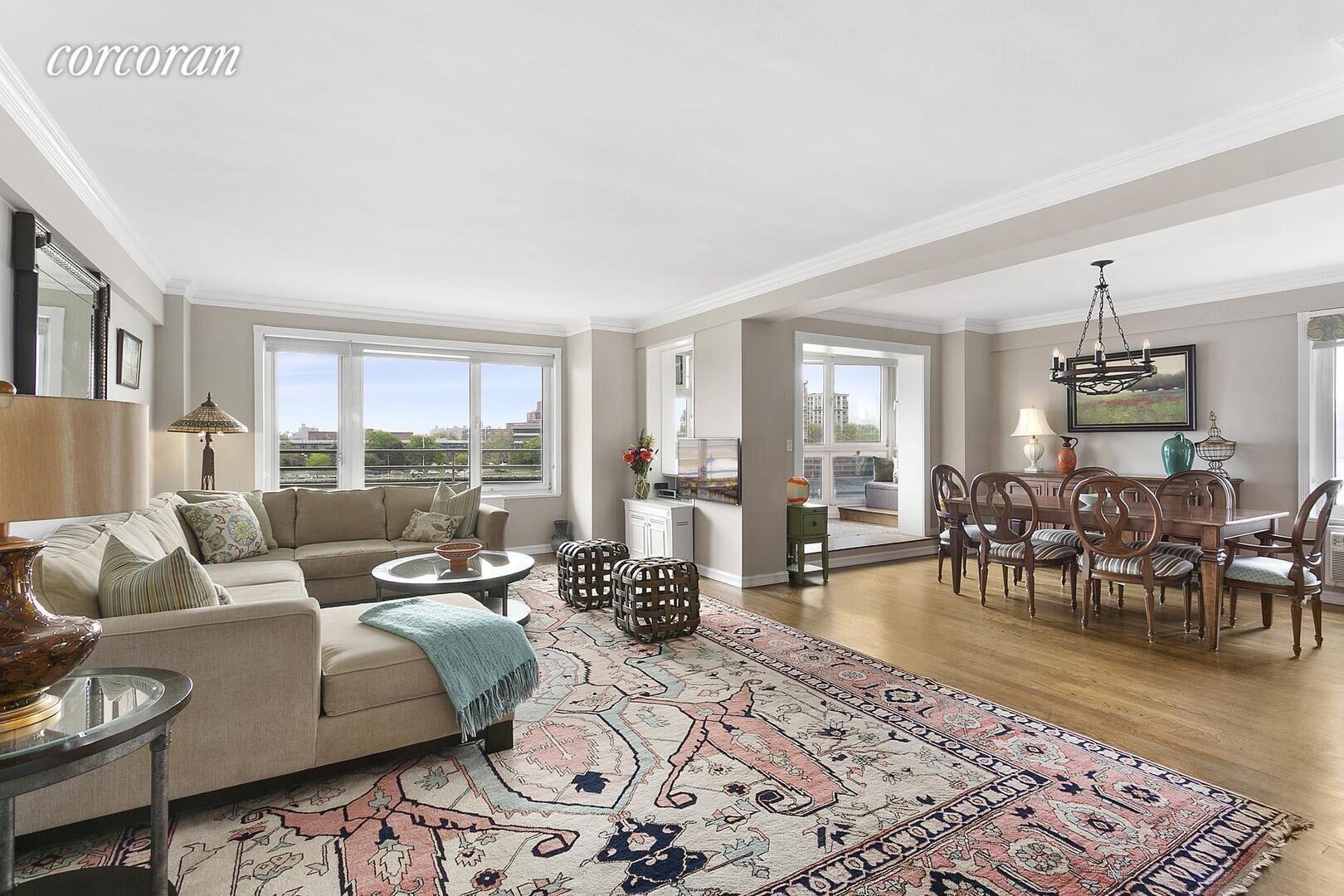 Apartment for sale at 1 Gracie Terrace, Apt 2D