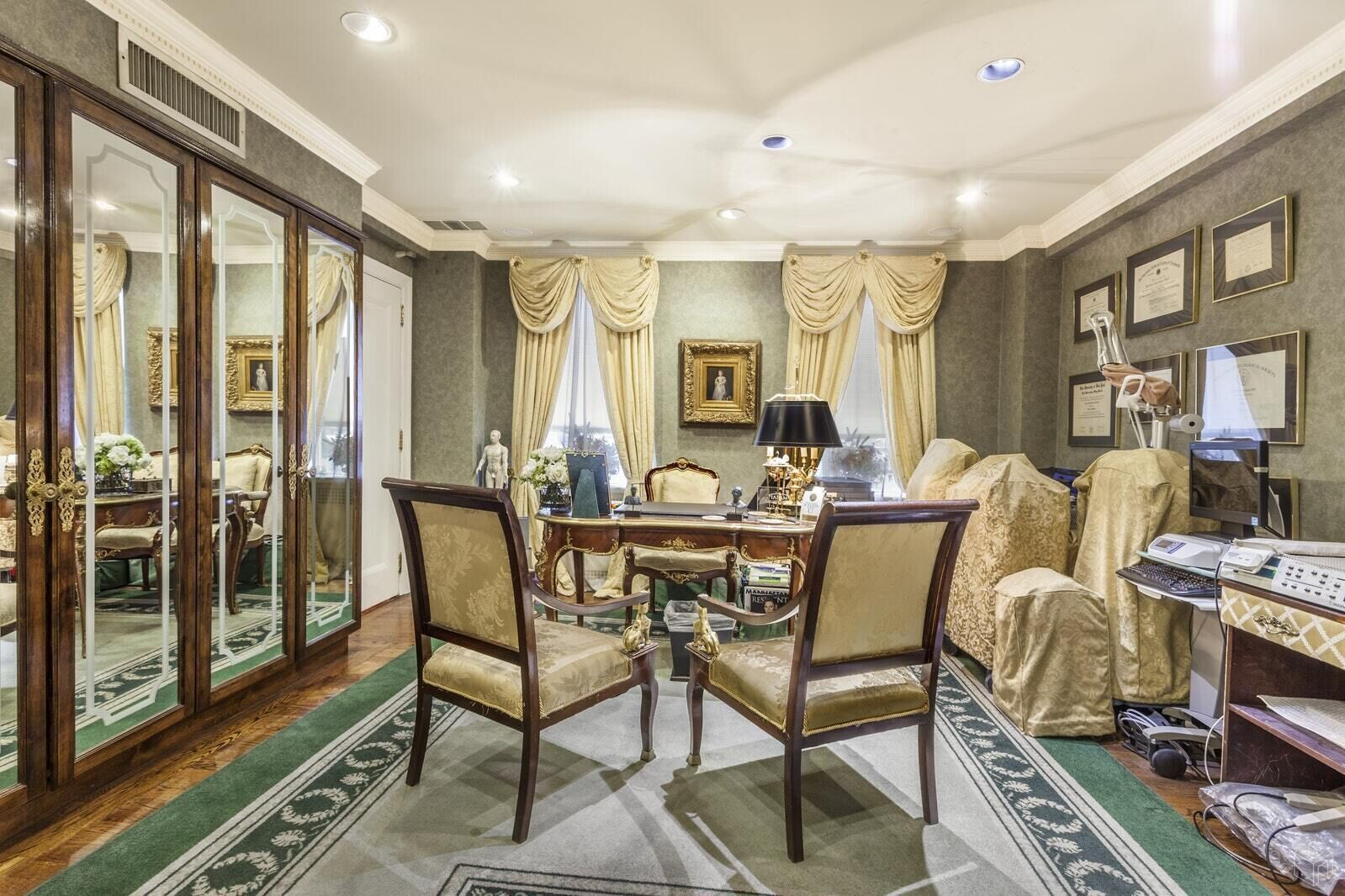 Apartment for sale at 880 Fifth Avenue, Apt 1H