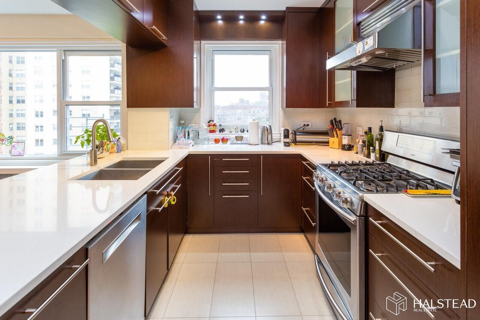 Apartment for sale at 110-45 Queens Boulevard, Apt 711