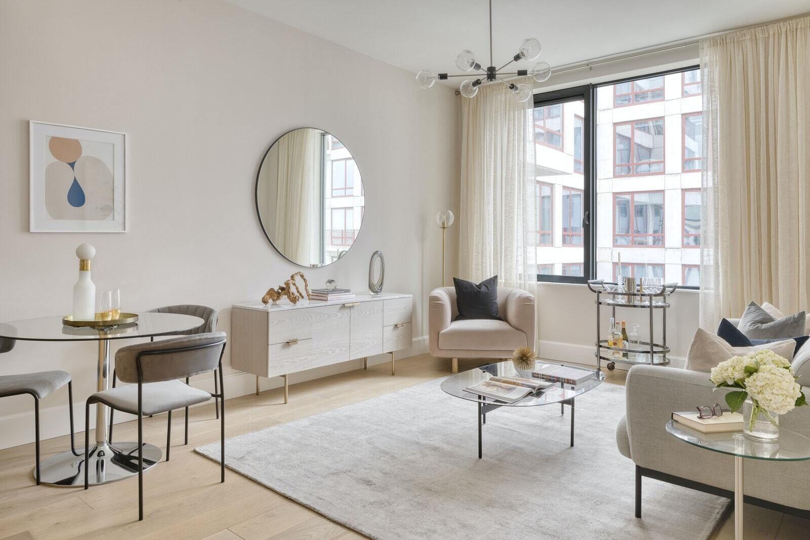 Apartment for sale at 2218 Jackson Avenue, Apt 806
