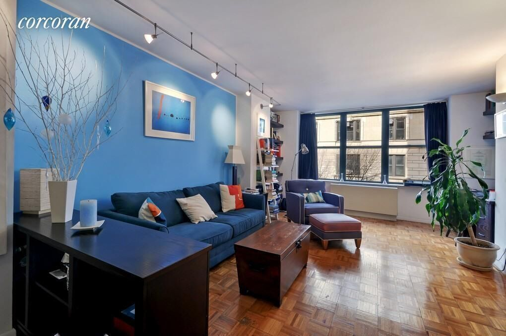 Apartment for sale at 2250 Broadway, Apt 4C