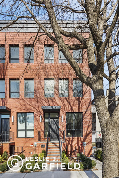 Apartment for sale at 87 Calyer Street, Apt House