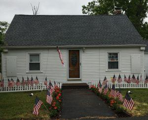 Flags Around Town, Elliott St
