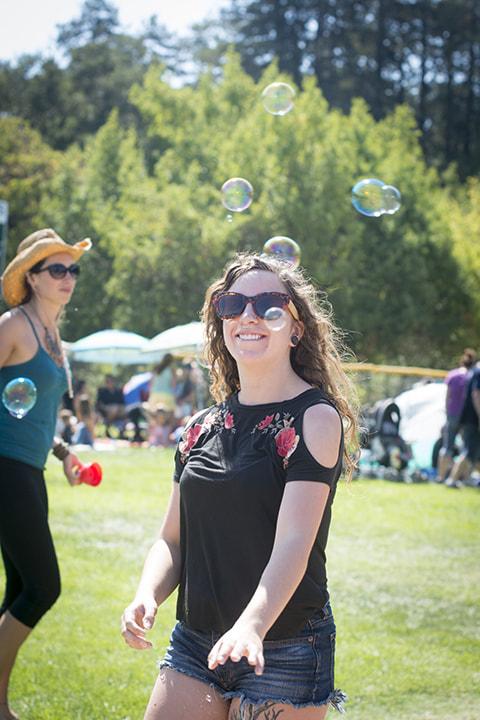 Town Picnic - Bubbles