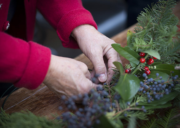Wreath Making - Hands