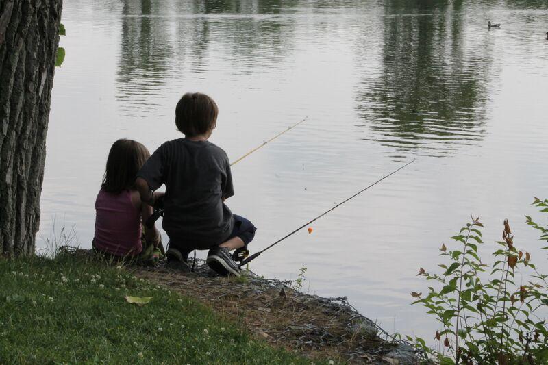 Family twilight fishing play kettering for Moana fishing pole