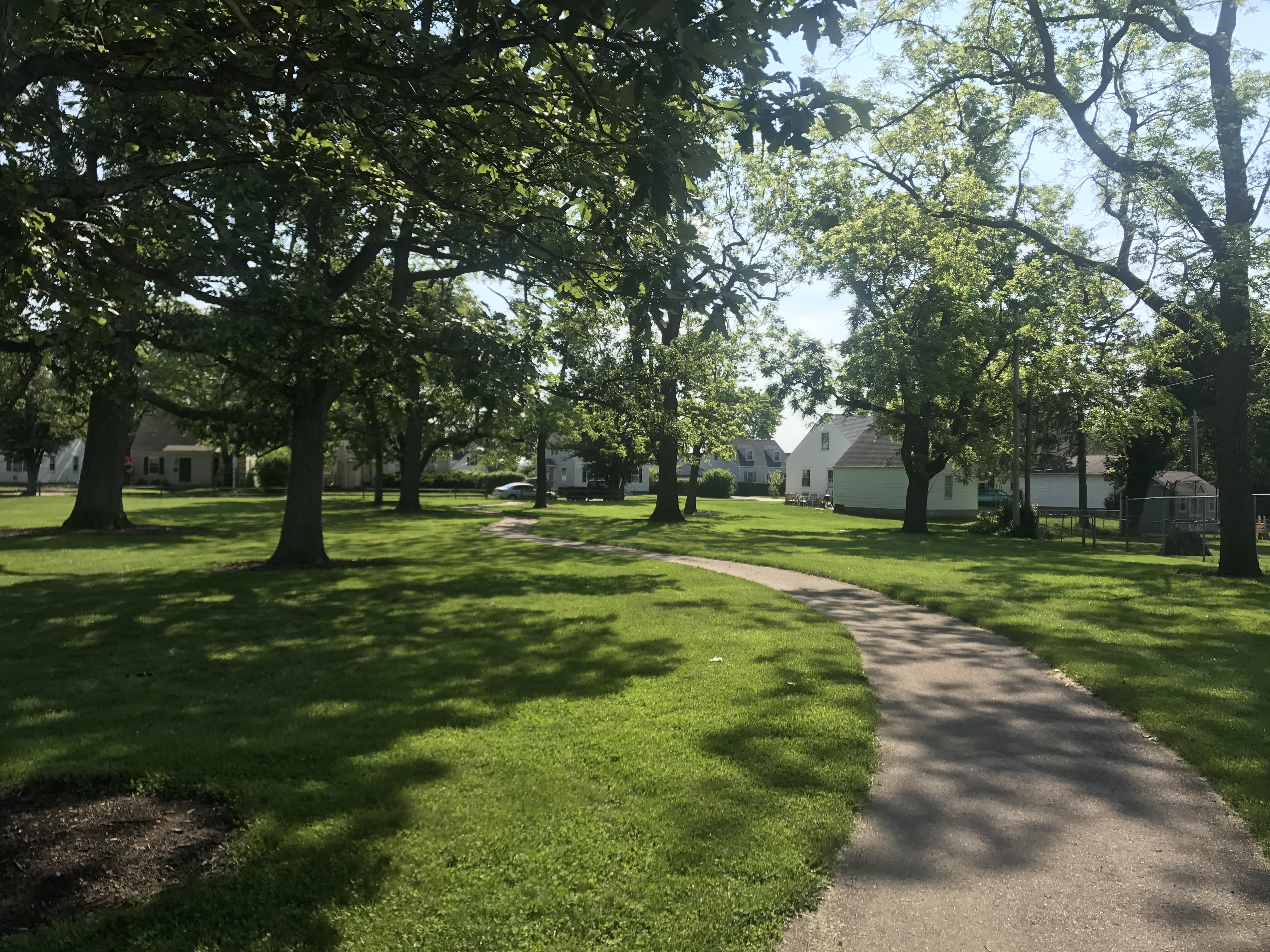 Oak Park Walkway