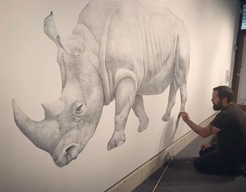 artist drawing