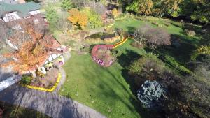 Smith Gardens Aerial