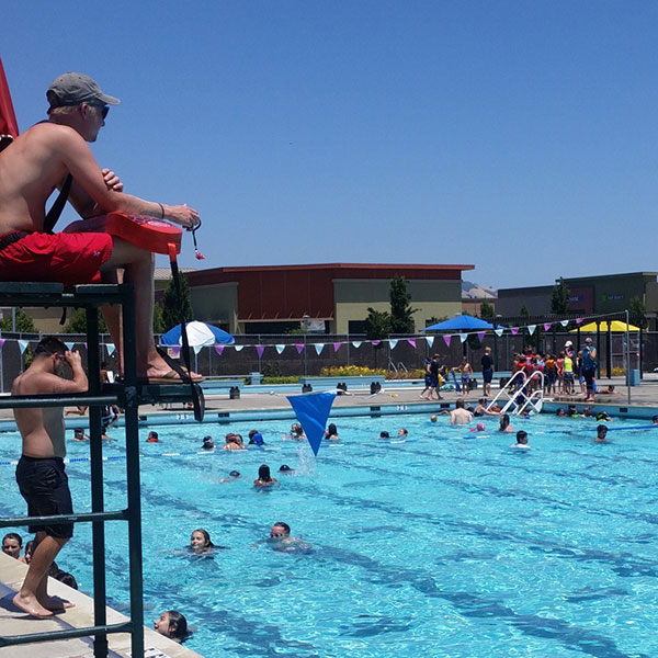 photo of pool in Petaluma