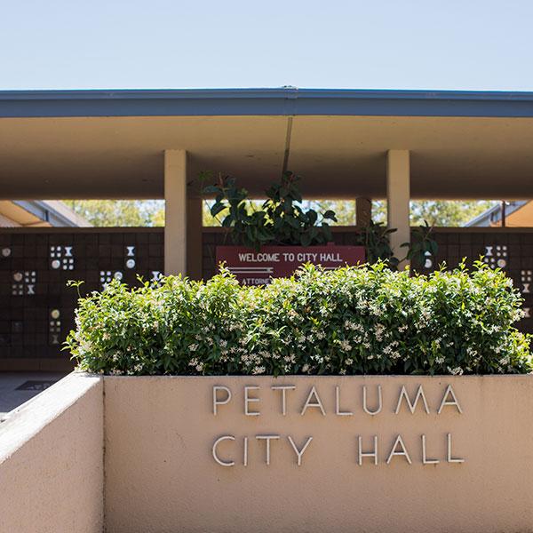 photo of Petaluma City Hall sign