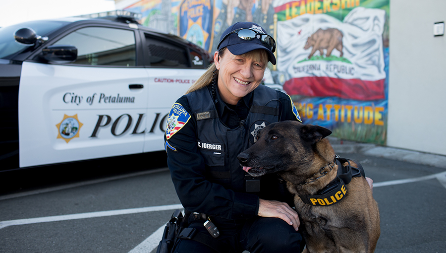 photo of officer and police dog