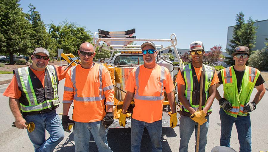 photo of public work employees