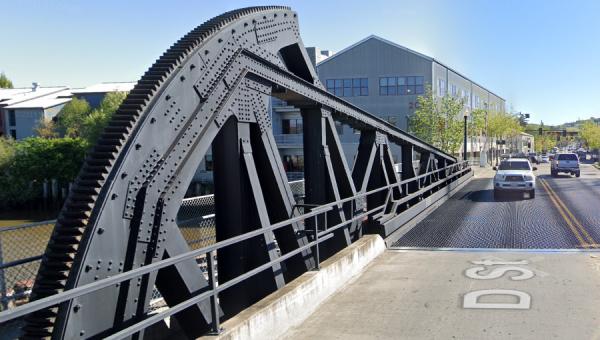 photo D Street Bridge Petaluma