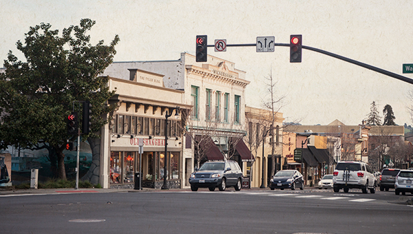 image of downtown Petaluma streetscape
