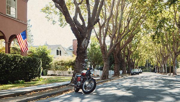 image of petaluma neighborhood