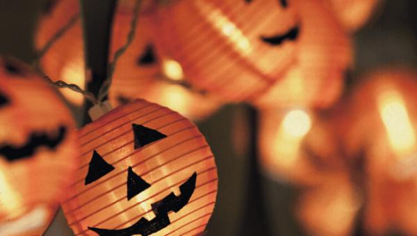 Halloween Costume Contest 10_6