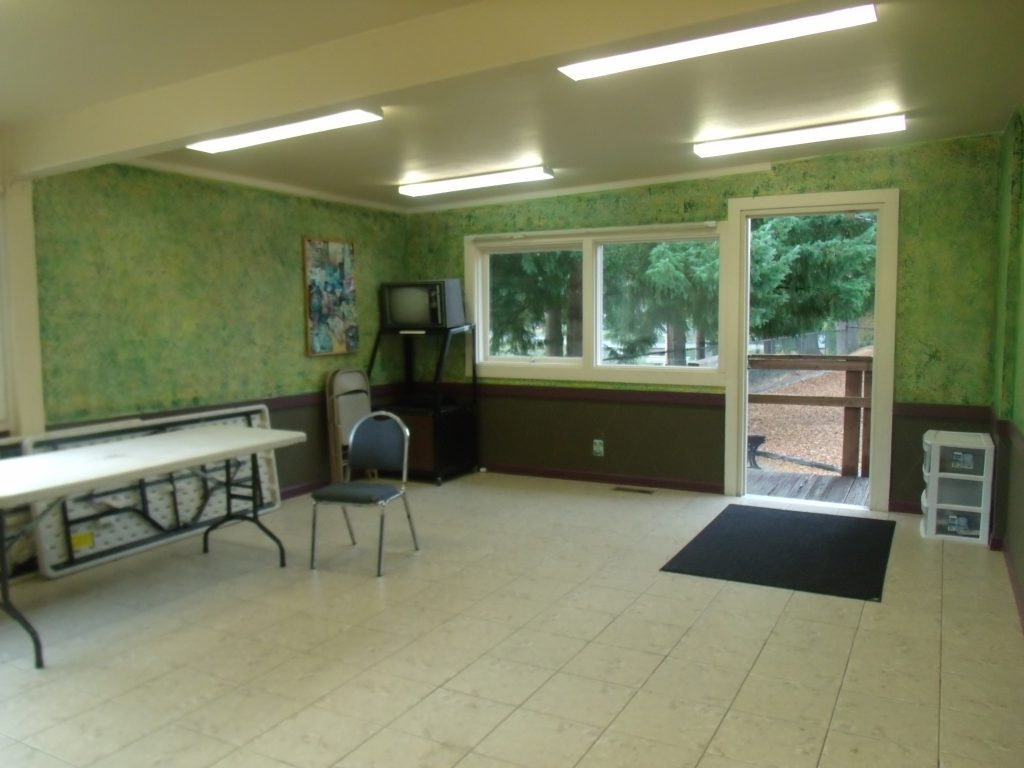 active club room