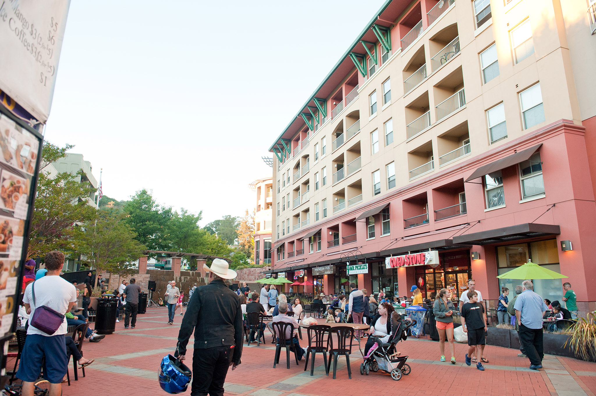 farmers-market-plaza