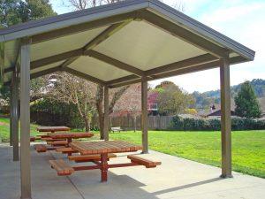 Sun Valley Park picnic tables