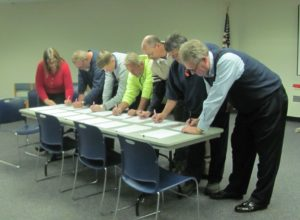 union contract signing