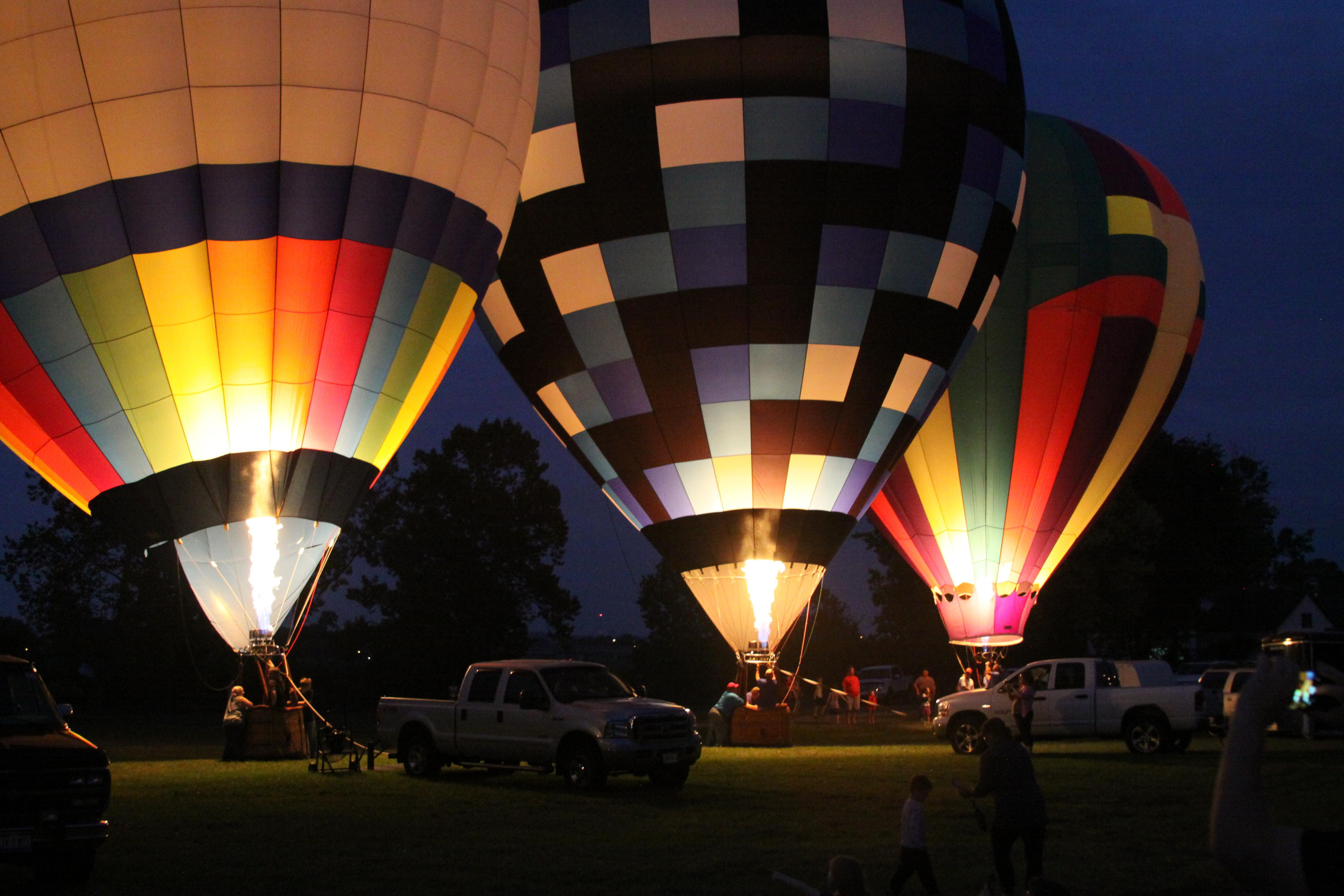 2016 Balloon Glow
