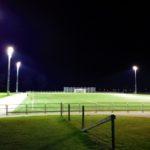 Belyst fotbollsplan