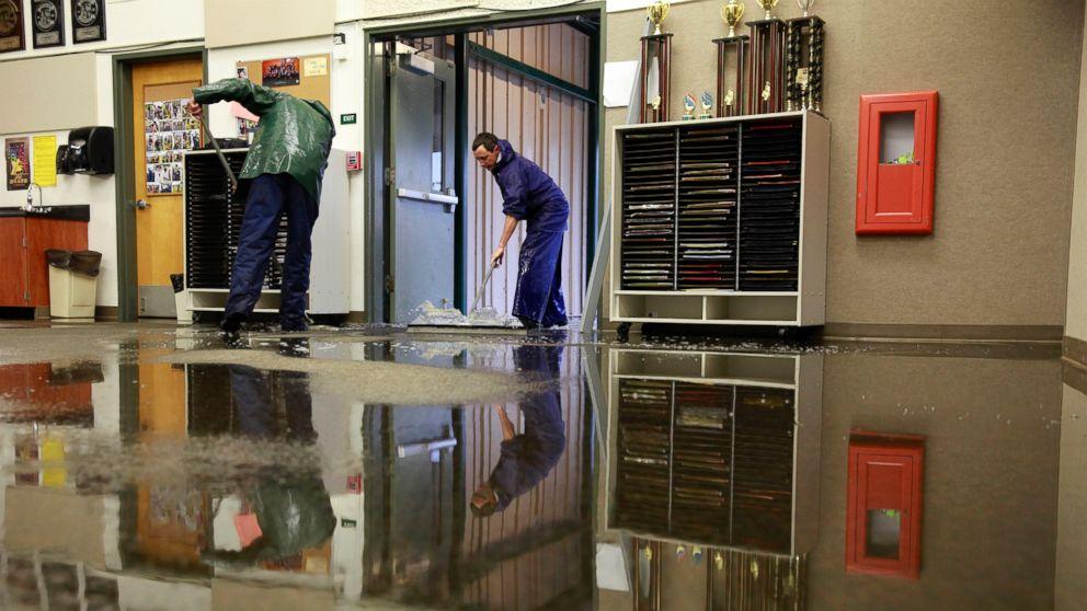 flood damage cleanup services