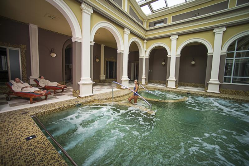 Bagni di Pisa spa breaks from £398